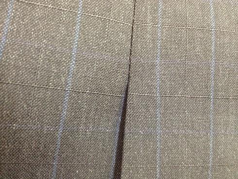 スーツ(ジャケット)のベンツの破れ修理after
