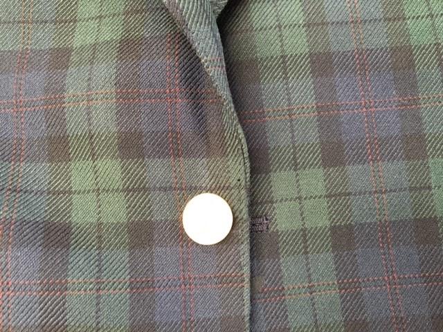 ジャケットの前側の端の擦り切れ修理after