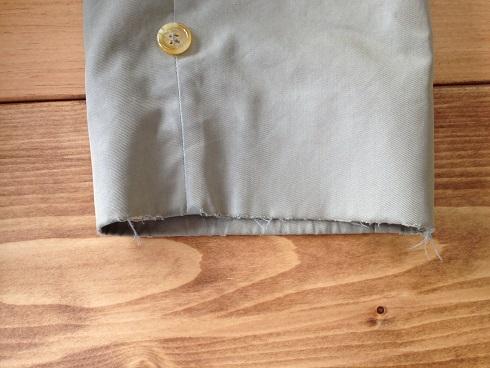 バーバリーコートの袖口の擦り切れ直しbefore