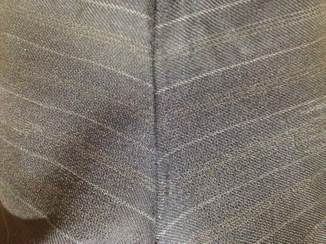 スーツのズボンの股の補修after